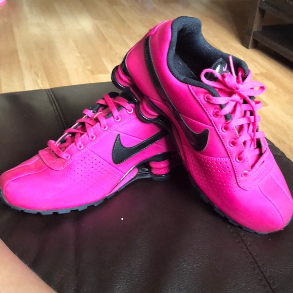 the best attitude f5861 de8a0 Size 6 hot pink nike shox for women